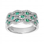 Ladies .480 Ctw Round Cut Emerald Ring / 14 Kt W