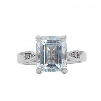 Ladies 3.500 Ctw Princess Cut Aquamarine Ring / 14 Kt W