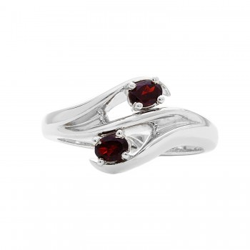 Ladies Garnet Ring / Silver